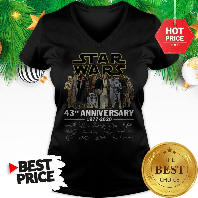 Official Star Wars 43rd Anniversary 1977-2020 Signatures V-Neck