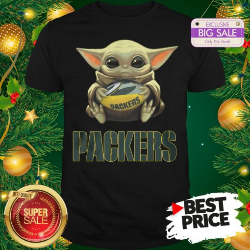 Official Top Baby Yoda Hug Green Bay Packer Shirt