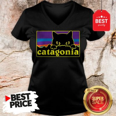 Official Top Catagonia Cat Meowntains V-Neck