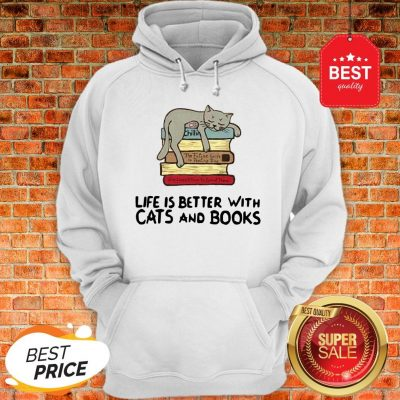 Tricou Pictat Manual Cats & Books Hoodie