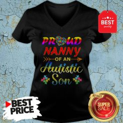 Autism Awareness Tee Proud Nanny Autistic Son Funny Gifts V-Neck