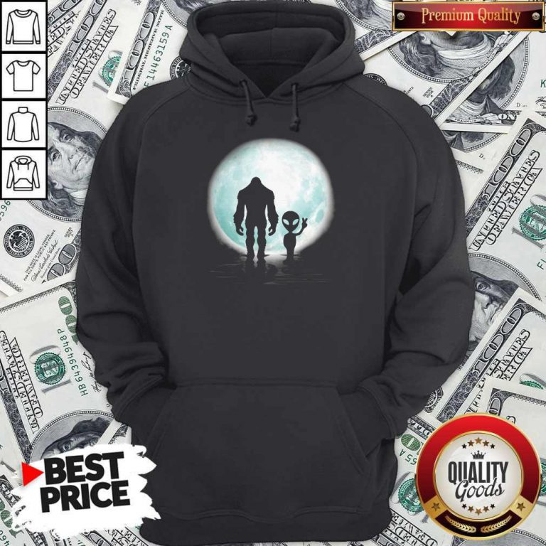 Awesome Bigfoot And Alier The Moon Hoodie