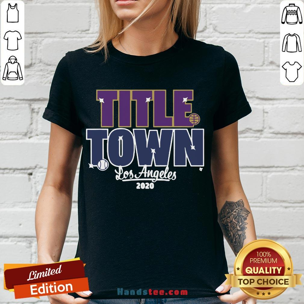 Pretty Title Town Los Angeles 2020  V-neck- Design By Handstee.com