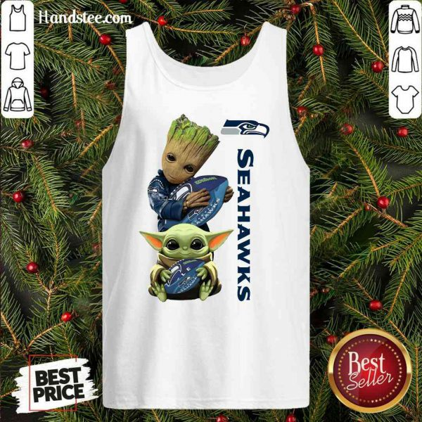 Good Baby Groot And Baby Yoda Hug Seahawks Tank-Top- Design By Proposetees.com