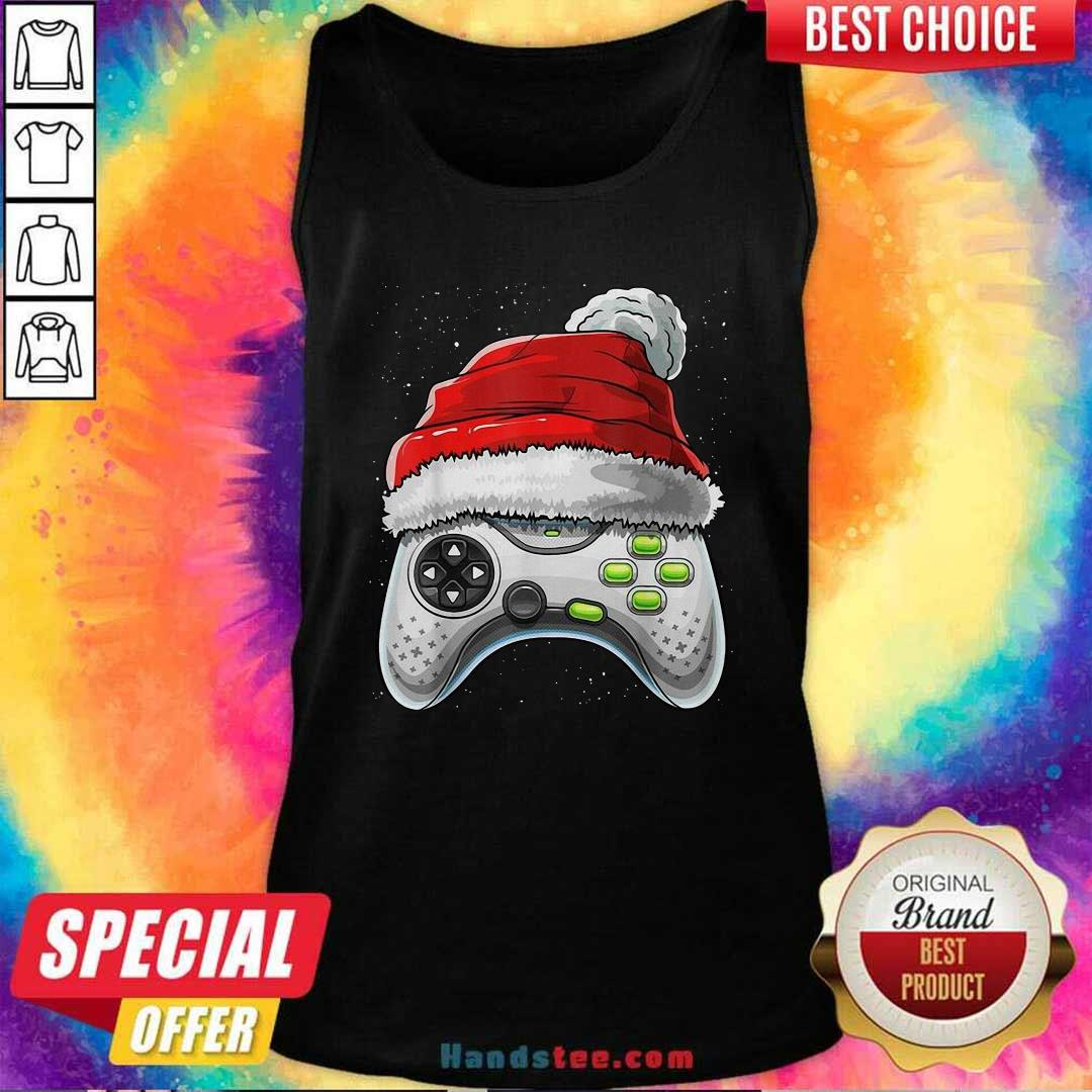Awesome Video Game Controller Santa Hat Christmas Tank Top - Design by handstee.com