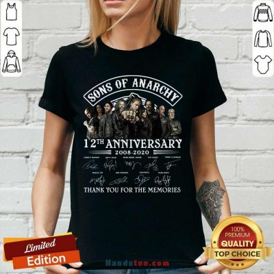 Son Of Anarchy 13th Anniversary 2008 Thank You For The Memories Signatures V-neck - Design by handstee.com