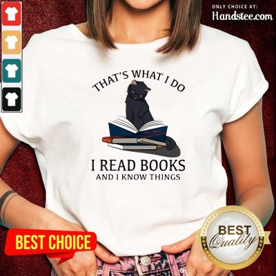 Scared I Read Books And I Knows Things Cat 8 Ladies Tee