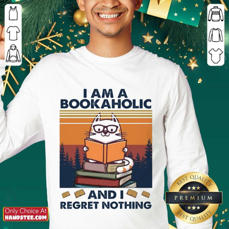 Ecstatic Cat I Am A Bookaholic Relaxed Sweater