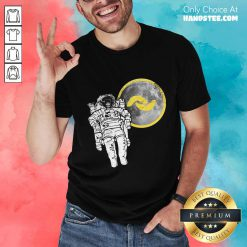 Great 1 Banano Monkey To The Moon Shirt - Design By Handstee.com
